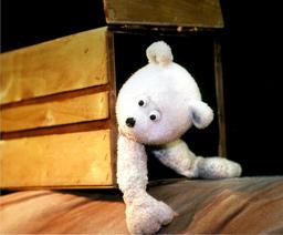 """Figurentheater Ute Kahmann zeigt: """"Der kleine Eisbär"""" - 4+"""