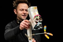NICHTS oder Herr Käseweis fliegt zum Mond // Figurentheater für Kinder